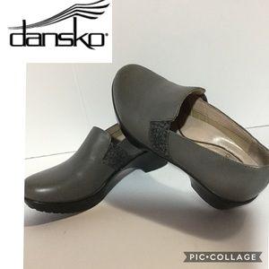 Dansko size 37 (US 7) gray leather decorative side